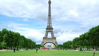 2024 Olimpiyatları için Eyfel Kulesi'nin etrafına dev bir park yapılacak