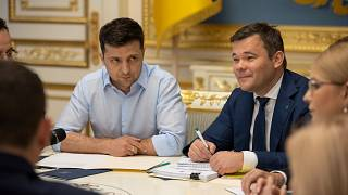 Zelenksy's political entourage: jobs for pals and a military rethink