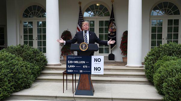 Menção de impeachment e obstrução assombram Trump