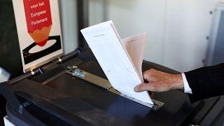 Reino Unido y Holanda, primeros países en votar en las europeas