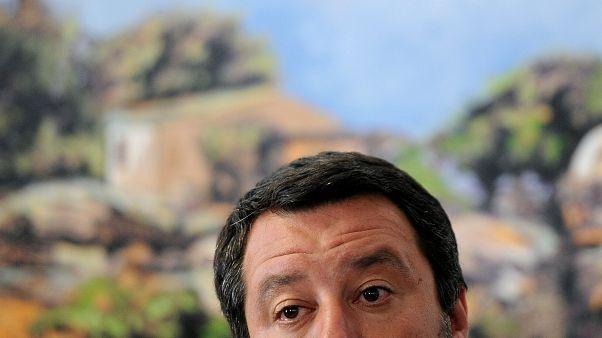"""""""Colpa di Salvini"""" arriva 8 anni dopo """"Tutta colpa di Pisapia"""""""