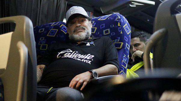 شکایت معشوقه سابق مارادونا منجر به بازداشت ستاره پیشین فوتبال آرژانتین شد