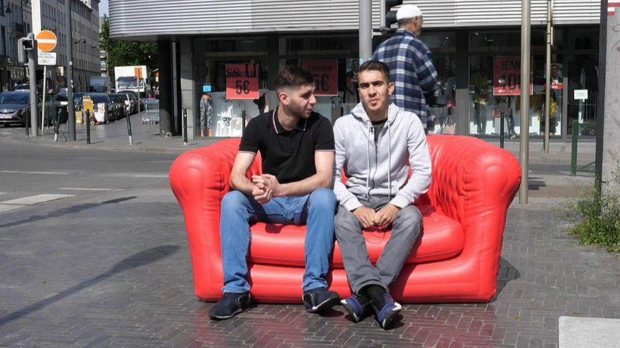 El sofá rojo hace un alto en Molenbeek