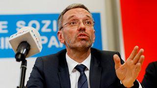 Zuhan az FPÖ népszerűsége