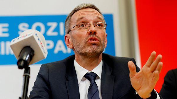 """""""Steigbügelhalter"""" der ÖVP: Kickl attackiert Van der Bellen"""