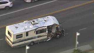 Dogs escape injury as crazy motorhome pursuit wows the San Fernando Valley