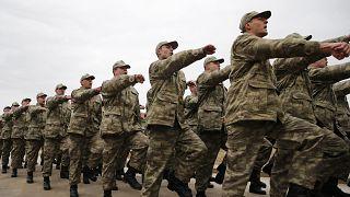 Bedelli ve 6 ay askerlik komisyonda kabul edildi: Yeni askerlik sistemi nasıl olacak?