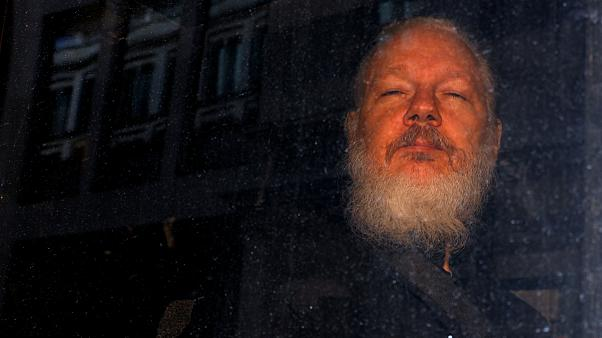 آمریکا ۱۸ اتهام تازه به جولیان آسانژ وارد کرد