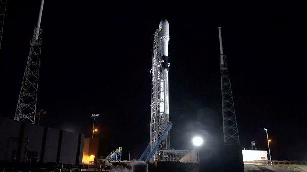 رویای اینترنت پرسرعت جهانی؛ اولین ماهوارهها به مدار زمین رسیدند