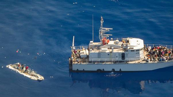 ليبيا وقوارب الموت.. إنقاذ 290 مهاجرا قبالة سواحل طرابلس جلّهم عرب وأفارقة