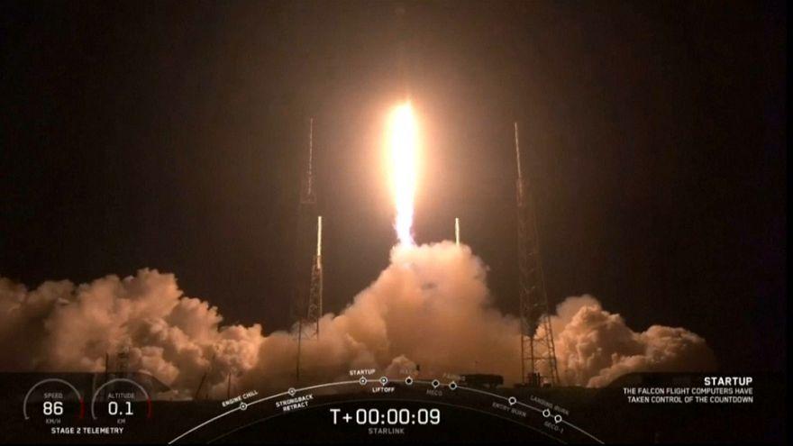 60 novos satélites chegaram ao espaço