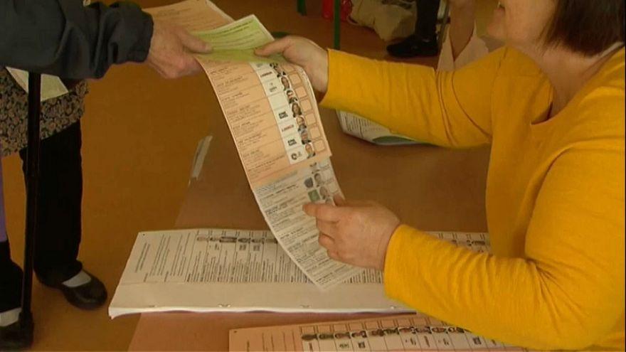 PE: Irlandeses e checos votam esta sexta-feira
