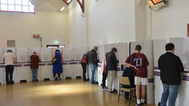 AP seçimleri: İrlanda ve Çekya sandık başında