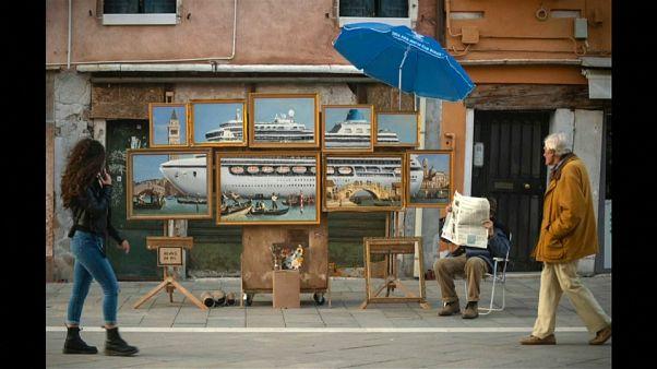 شاهد: لوحة جديدة للفنان بانسكي تعرض في مدينة البندقية