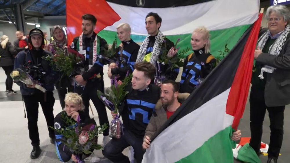 كيف تم تهريب الراية الفلسطينية لرفعها في مسابقة يوروفيجن؟ إليكم التفاصيل   Euronews
