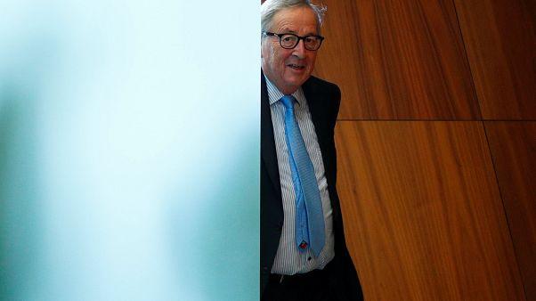 Juncker csodálta Orbánt