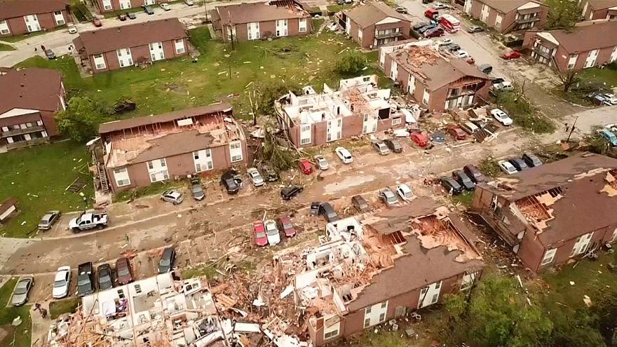 وزش طوفان مرگبار در ایالت میسوری آمریکا