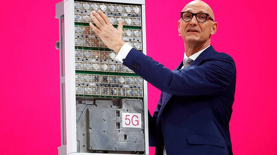 Huawei: operatori tedeschi prudenti