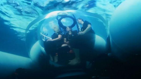 اوبر تاکسی زیردریایی رونمایی میکند