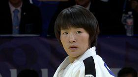La campeona del mundo Uta Abe se hace con el oro en Hohhot