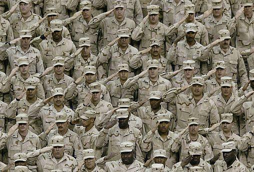 تنش بین ایران و آمریکا؛ ترامپ از اعزام ۱۵۰۰ نیروی نظامی به خاورمیانه خبر داد