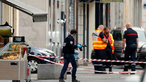 Fransız polisi Lyon saldırısıyla bağlantılı 4 şüpheliyi gözaltına aldı