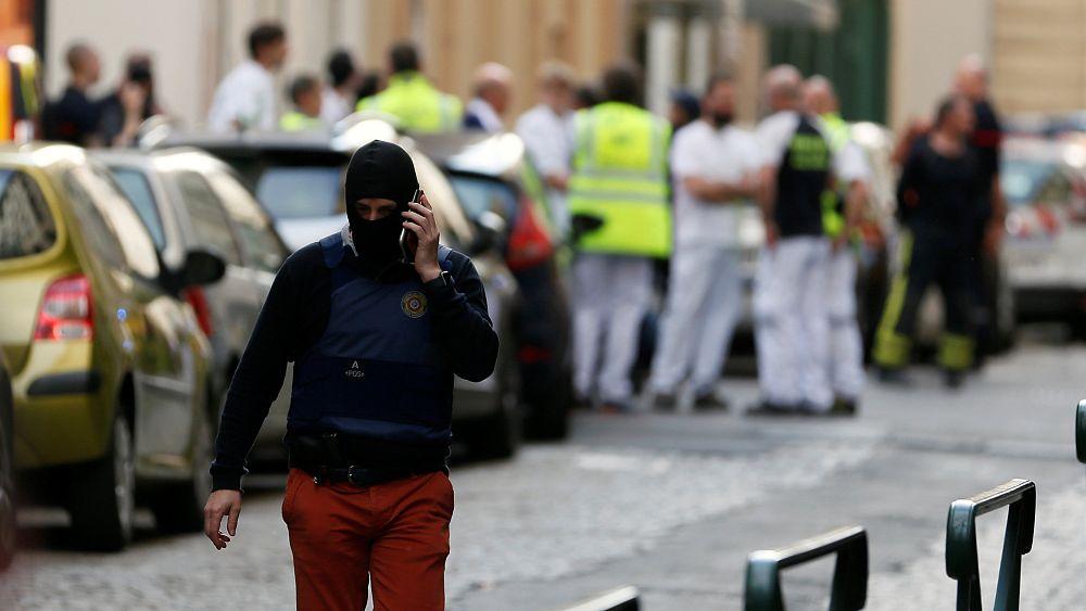 مكافحة الإرهاب الفرنسي: لم يعلن أحد مسؤوليته عن تفجير ليون حتى الآن   Euronews