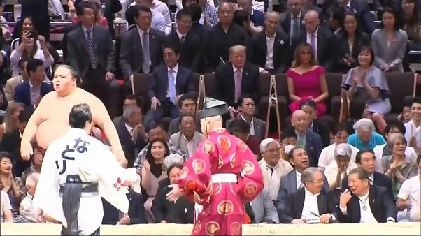 Trump in Japan: Golf- und Sumo-Diplomatie