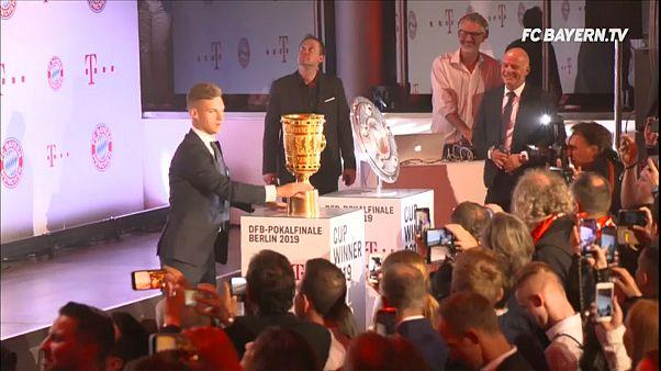 شاهد: احتفالات لاعبي بايرن ميونخ بعد إحراز الثنائية المحلية