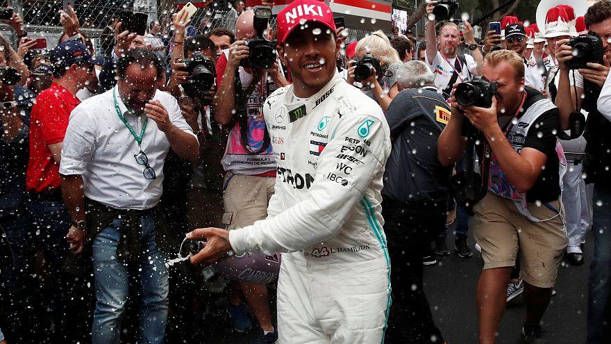 """F1 Monaco Grand Prix'sini kazanan Hamilton: """"Niki Lauda'nın yanımda olduğunu hissettim"""""""