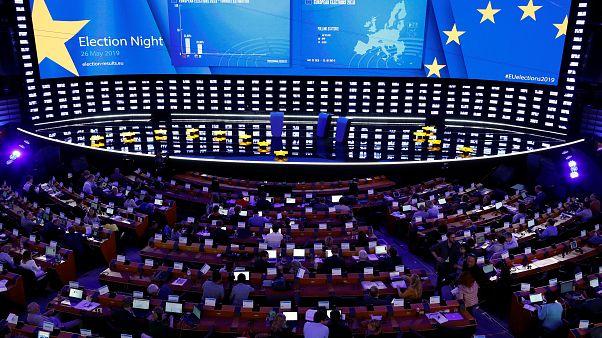 Ευρωεκλογές 2019: Ψηλά η συμμετοχή, χαμηλά οι παραδοσιακές δυνάμεις