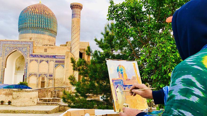 Almaline ressamları Özbekistan'da tarihi eserleri çizdi