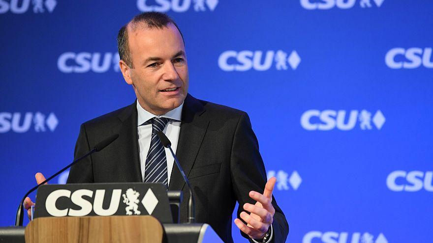Líder do PPE recusa parcerias com eurocéticos
