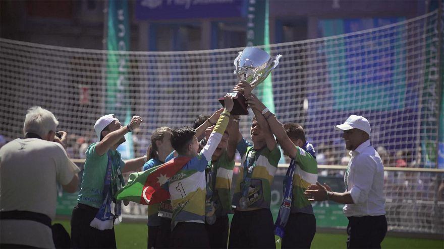 Új Guinness-rekord a gyerekek focitalálkozóján
