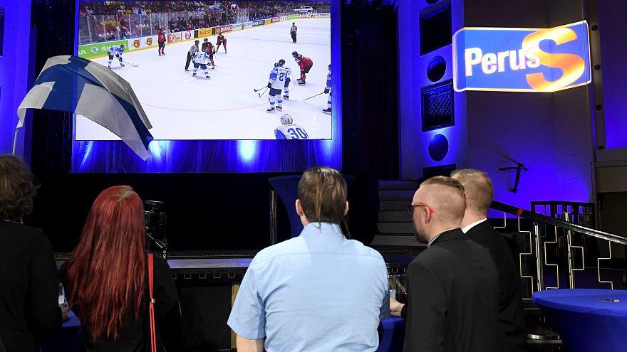Οι Φινλανδοί άλλαξαν κανάλι για να δουν τη νίκη της εθνικής τους!