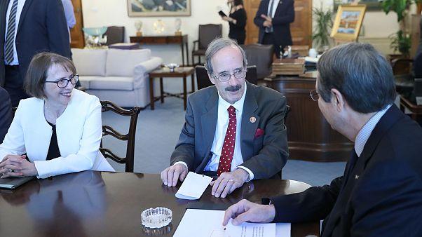 Κύπρος: Ικανοποίηση Λευκωσίας από τη στάση του Γερουσιαστή Ένγκελ