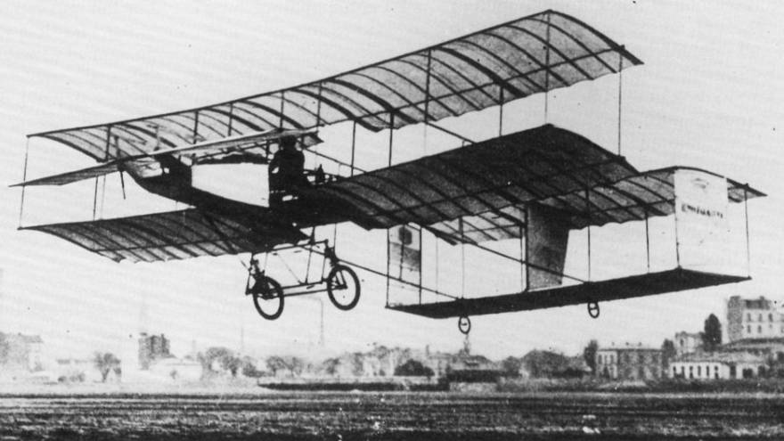Σαν Σήμερα το 1912 η Ελληνική Πολεμική αεροπορία αποκτά τα πρώτα της αεροπλάνα