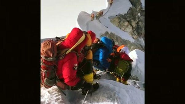 Túl sokan vannak a Mount Everesten
