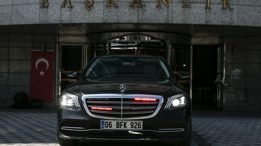 Ankara'da 'çakarlı araç' uygulamasına son: Yavaş'ın makam aracından söküldü