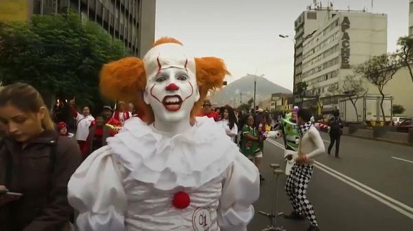 """Peru'da """"Yoksulların Palyaçosu"""" onuruna Palyaço Günü kutlamaları"""