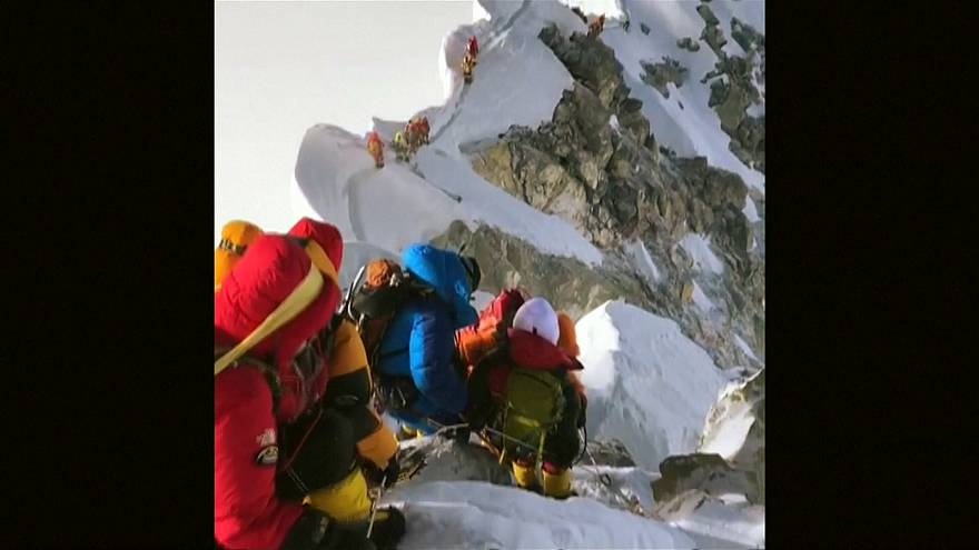 Forming an orderly queue...on Mount Everest