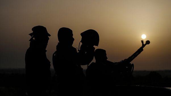 İsrail'den Suriye'ye hava saldırısı: Bir asker öldü
