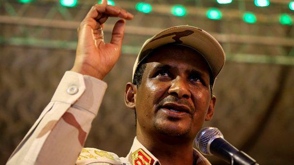 الفريق أول محمد حمدان دقلو نائب رئيس المجلس العسكري الانتقالي في السودان