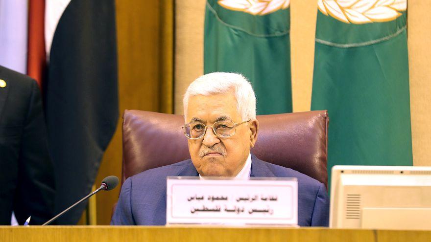 الرئيس الفلسطيني محمود عباس بالقاهرة يوم 21 أبريل نيسان 201