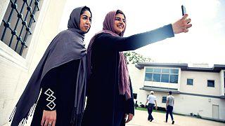 Ramazan'da Müslümanlar daha fazla internet kullanıyor, dizi izliyor, alışveriş yapıyor