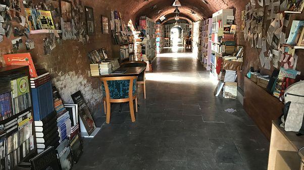 Çankaya'daki temizlik işçileri gezici kütüphane ve müzik grubu kurdu