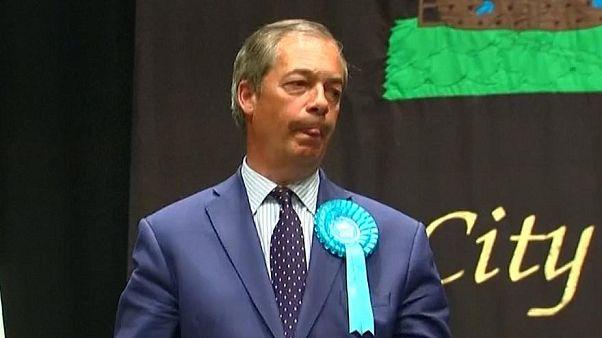 """شاهد: تعابير وجه وردود فعل """"غريبة"""" للمرشحين في الانتخابات الأوروبية خلال الإعلان عن النتائج"""