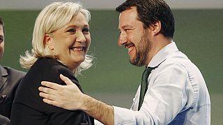 Aşırı sağ Avrupa Parlamentosu'nda tek grup olarak hareket edebilir mi?