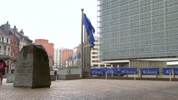 Merkel: Juncker-Nachfolger bis Ende Juni - Tusk soll vermitteln