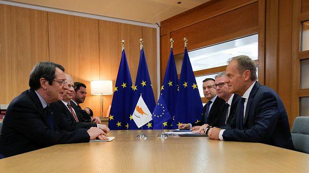 Ο Πρόεδρος Αναστασιάδης ενημέρωσε Τουσκ και Μέρκελ για τις τουρκικές προκλήσεις